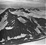 Bear Glacier, valley glacier, bergschrund and icefall on the peak, September 4, 1977 (GLACIERS 6812).jpg