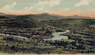 Rumford, Maine - Bird's-eye view of Rumford Falls in 1905