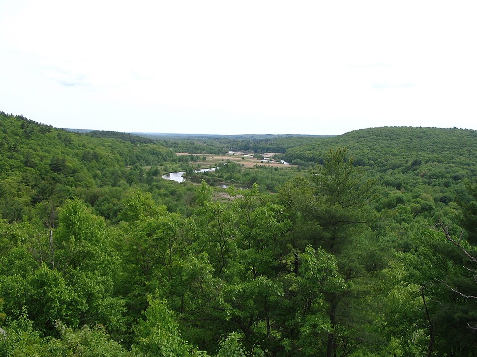 Blackstone valley from king phillip's rock