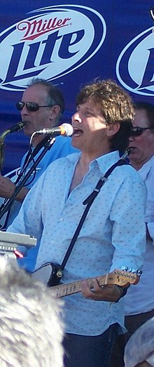 Bandiera performing with Southside Johnny and The Asbury Jukes, Lake Como, New Jersey, 2008