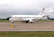 Boeing.t43.ground.fairford.arp