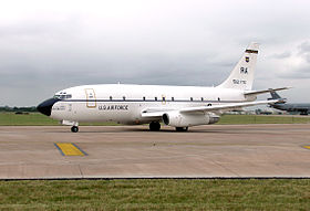 Boeing.t43.ground.fairford.arp.jpg