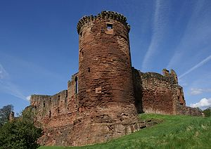 Bothwell Castle - Image: Bothwell Castle 20080505 south east tower