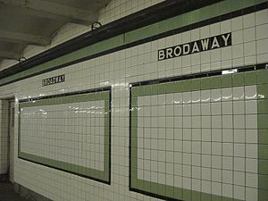 """Broadway (IND Crosstown Line) - Station tiles with the misspelled """"BRODAWAY"""" on the right"""