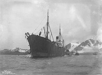 Spitsbergen - A 1906 photograph of the Norwegian whaling factory ship Bucentaur in Bellsund, Spitsbergen