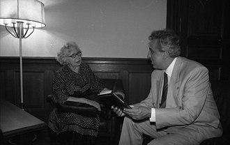 Miep Gies - Miep Gies and Egon Krenz in 1989