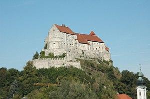 Die Hauptburg von Süden