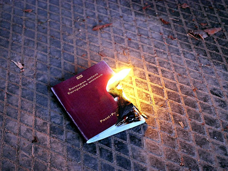 File:Burning EU passport 20180318.jpg