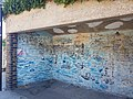 Bus shelter on Wapping Wall.jpg