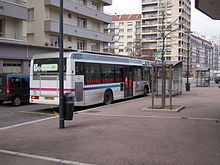 Bus stas place du moulin.JPG