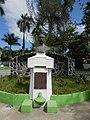 Busto de Manuel Enrique Araujo situado en Usulutan.jpg