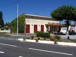 Cabanac-et-Villagrains Mairie.jpg