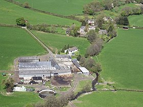 Caer-fach farm and Efail-rhyd hamlet - geograph.org.uk - 168293.jpg