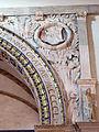 Cappella degli antenati, arcone 03.JPG