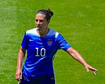 Carli Lloyd pointing.jpg
