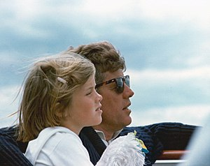 Ray-Ban Wayfarer - John F. Kennedy wearing American Optical Saratoga sunglasses which resemble Wayfarers while on vacation at the Kennedy Compound in Hyannis Port, Massachusetts, August 1963