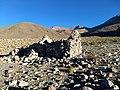 Casa antigua al pie del nevado del Acay.jpg