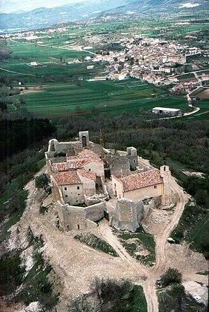 Castel Camponeschi - Castle in Prata d'Ansidonia