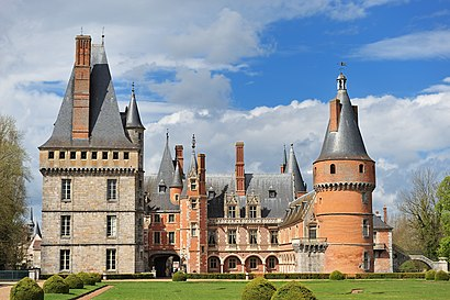 Come arrivare a Château de Maintenon con i mezzi pubblici - Informazioni sul luogo