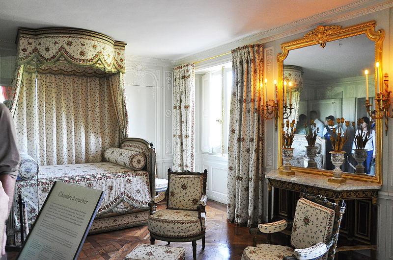File chambre de la reine du petit trianon - Chambre de la reine versailles ...