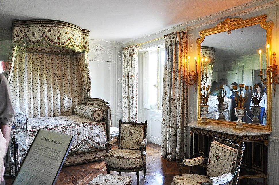 Chambre de la Reine du Petit Trianon 004