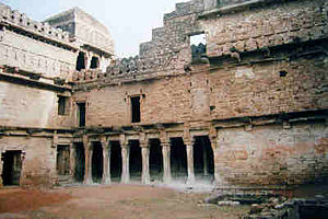 Chanderi - View of Chanderi Fort