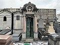 Chapelle Funéraire Famille Baire Cimetière Ancien Vincennes 3.jpg