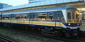 Thameslink (train operating company 1997–2006) - Image: Class 319 DC Unit Thameslink livery East Croydon railway station England 270404