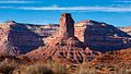 Classic scenery in Valley of the Gods (8227806429).jpg