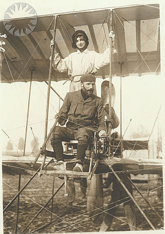 Farman Aviation Works - Henri Farman on September 21, 1913 in France