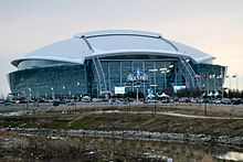 Description de l'image Cowboys Stadium exterior, 2010 NBA All-Star Game.jpg.