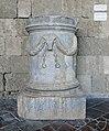 Cylindrical funerary altar (Rhodes) 01.jpg