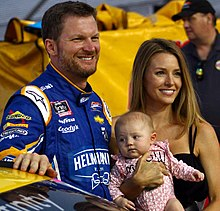 Dale Earnhardt Jr Wikipedia Why does she sue her stepson dale earnhardt jr? dale earnhardt jr wikipedia