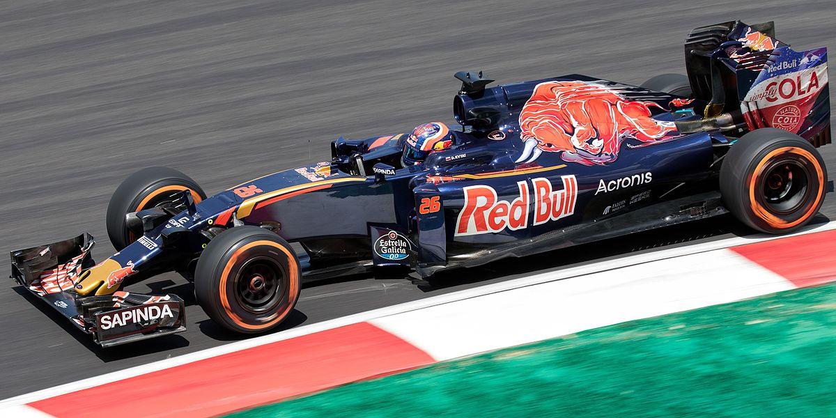 a3906de4f039a Toro Rosso STR11 - Wikipedia