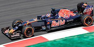 Toro Rosso STR11 - Image: Daniil Kvyat 2016 Malaysia FP2 1