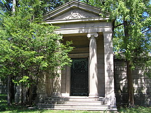 Darius Ogden Mills - The mausoleum of Darius Ogden Mills