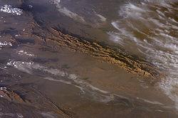 Dasht-e Lut Iran 2006-02-28 ISS012-E-18779.jpg