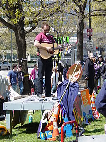 David Rovics sings at the A16 rally in Washington DC in spring of 2000.