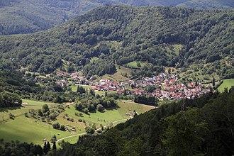 Dernbach, Südliche Weinstraße - Image: Dernbach von Neuscharfeneck 10 gje