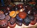Des coffrets en cuir au musée national du Niger.jpg