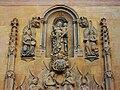 Detall de la portada de la capella de l'Hospital de Xàtiva, amb la Mere de Déu i el xiquet.JPG
