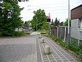 Dolní Počernice, přechod na stezce k železniční zastávce (02).jpg