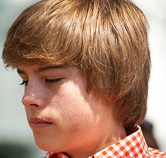 Dylan Sprouse - Sprouse at the 2010 White House Easter Egg roll event