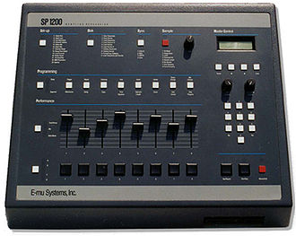 Hip hop production - Image: E mu SP 1200 (111607sp 1200)