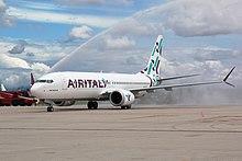 Un Boeing 737 MAX 8 in livrea Air Italy.