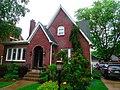 Earl E. Clark House First House - panoramio.jpg
