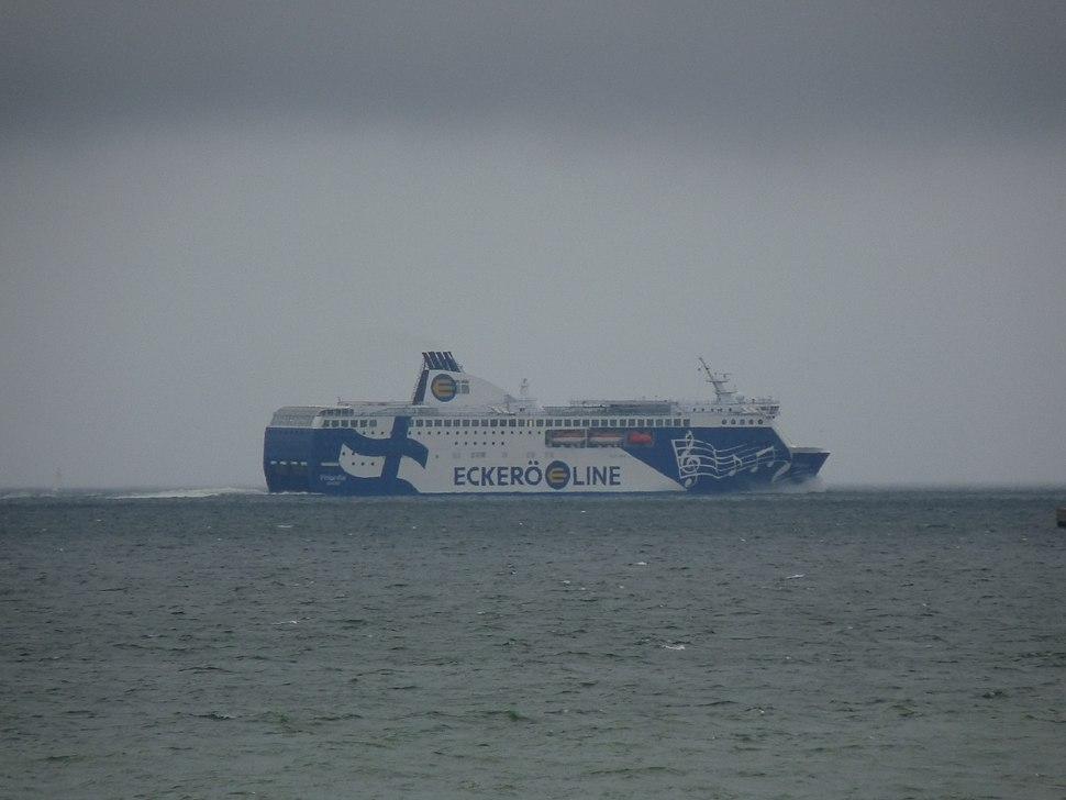 Ecker%C3%B6 Line - Finlandia.JPG
