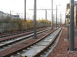 Edinburgh tramway at Haymarket Yards (geograph 3766436).jpg