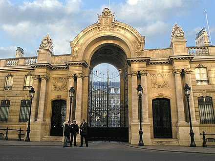 The Elysee Palace, residence of the French President Elysee Palace, Paris 2005.jpg