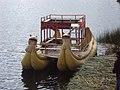 Embarcação Típica do Lago Titicaca, Puno, Peru - panoramio.jpg